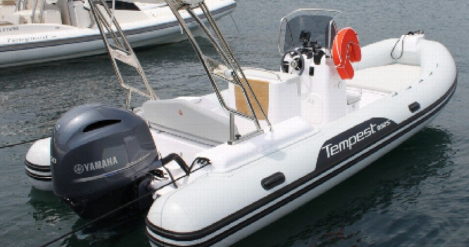 Capelli Tempest 630 between personal and professional Cannes