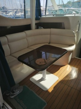 Motorboat for rent Les Sables-d'Olonne at the best price