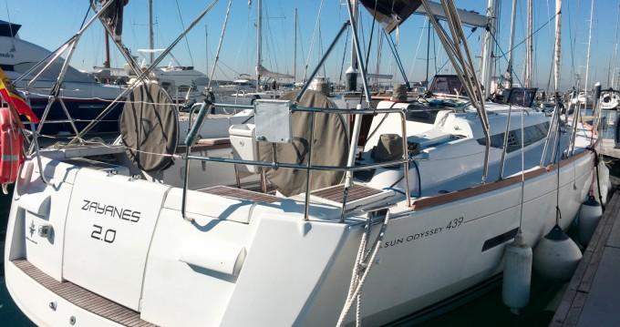 Rental yacht Valencia - Jeanneau Sun Odyssey 439 on SamBoat