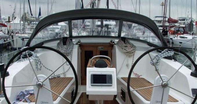 Rental yacht Volos - Bavaria Bavaria 41 on SamBoat
