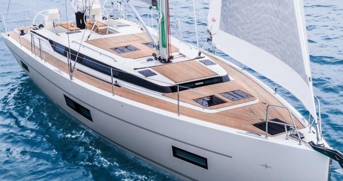 Rental Sailboat in Volos - Bavaria Bavaria C45