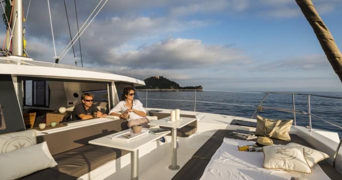 Rent a Bali Catamarans Bali 4.1 Porto-Vecchio