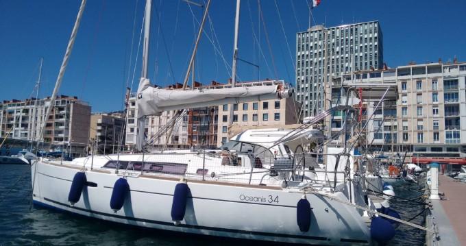 Rental Sailboat in Toulon - Bénéteau Oceanis 34 Elegance