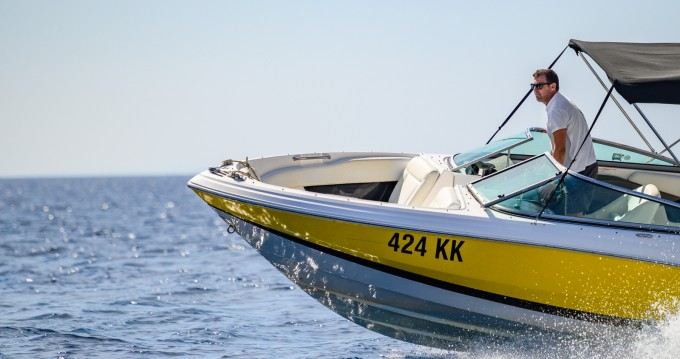 Hire Motorboat with or without skipper Régal Kornić