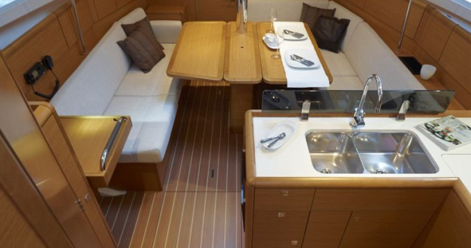 Rental yacht Gouvia - Jeanneau Sun Odyssey 389 on SamBoat
