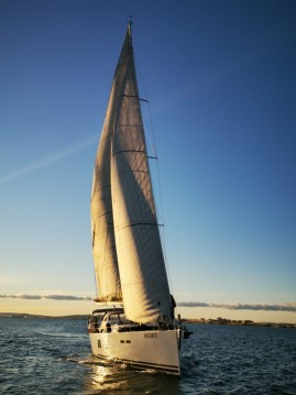 Rental Sailboat Hanse with a permit