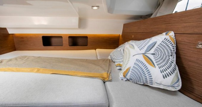 Boat rental Ajaccio cheap Cap Camarat 9.0 WA