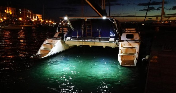 Hire Catamaran with or without skipper Lady Hawke  Taranto