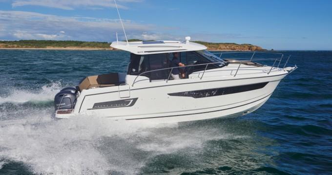 Rental yacht Split - Jeanneau Jeanneau Merry Fisher 895 on SamBoat