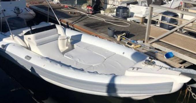 Boat rental Arimar X-Cellence 730 in Saint-Florent on Samboat