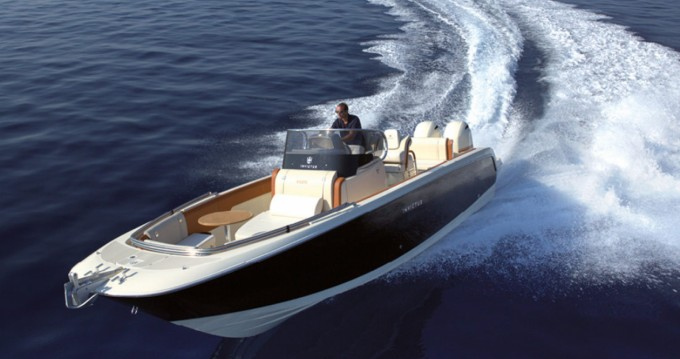 Hire Motorboat with or without skipper Invictus  Cala d'Or