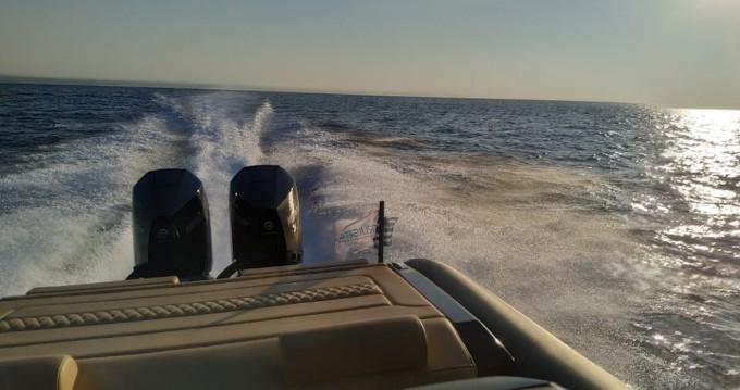Boat rental Athens cheap GT 38