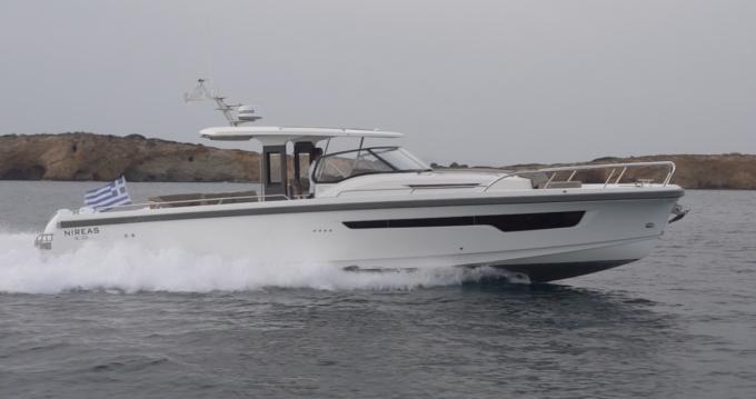 Boat rental Athens cheap T11