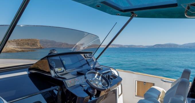 Rental Motorboat in Lávrio - Pardo Yachts Pardo 38