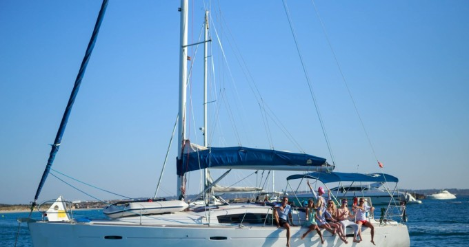Bénéteau Oceanis 43 between personal and professional Ibiza Island