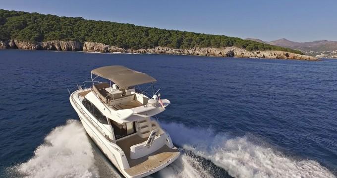 Boat rental Jeanneau Prestige 400 Fly in Dubrovnik on Samboat