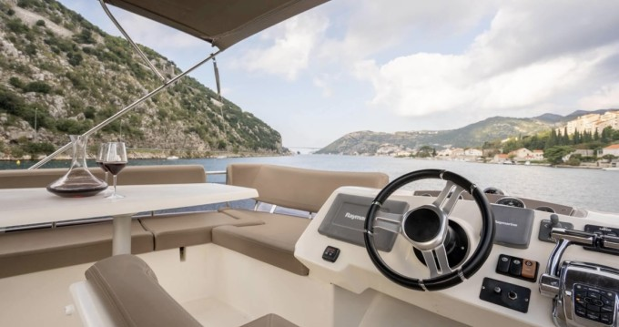 Jeanneau Prestige 400 Fly between personal and professional Dubrovnik