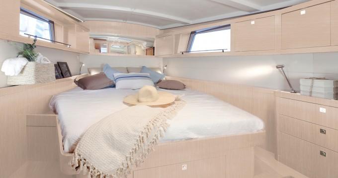 Boat rental Marina di Portorosa cheap Moorings 48.4