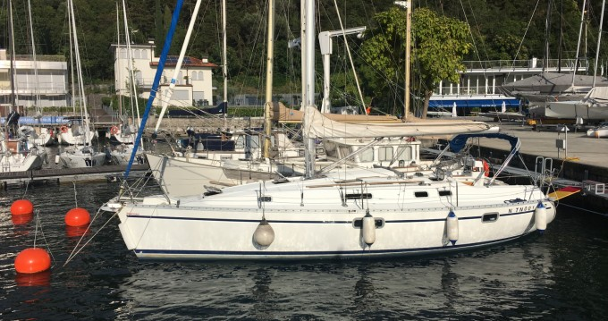 Hire Sailboat with or without skipper Bénéteau Nago-Torbole