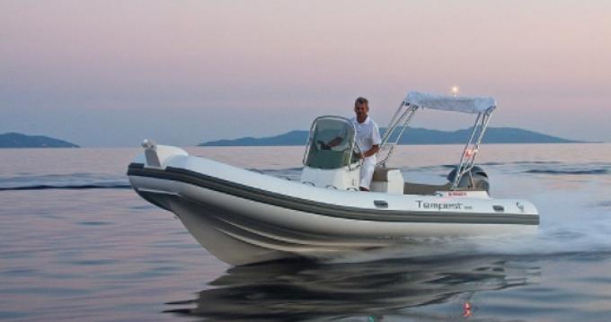 Boat rental Mahón cheap Tempest 650