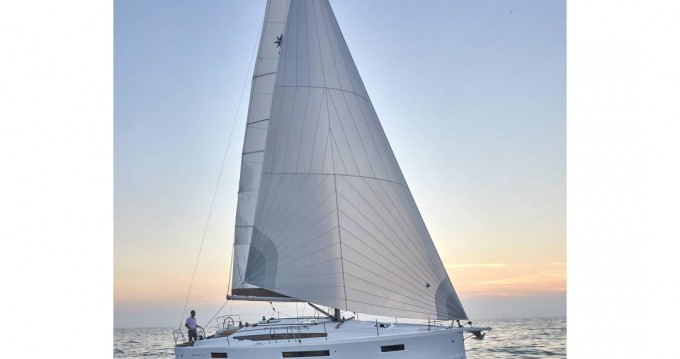 Boat rental Jeanneau Sun Odyssey 410 in Salivoli on Samboat