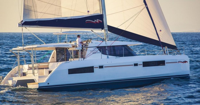 Boat rental Robertson and Caine Leopard 45 in Furnari on Samboat