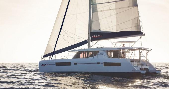 Rental Catamaran in Furnari - Robertson and Caine Leopard 45