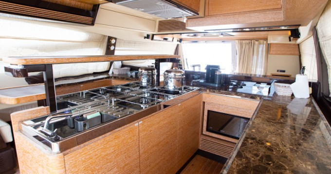 Rental Yacht in Cartagena - Azimut Azimut 64 Flybridge