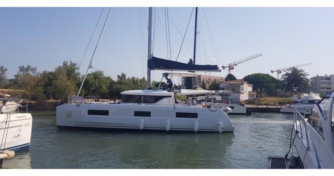Rental Catamaran in Hyères - Lagoon Lagoon 46
