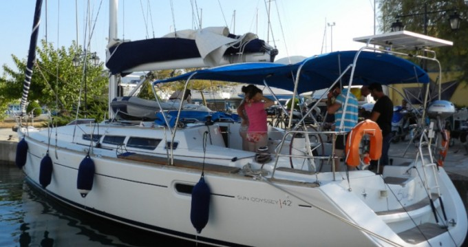 Boat rental Jeanneau Sun Odyssey 42i in Lefkada (Island) on Samboat