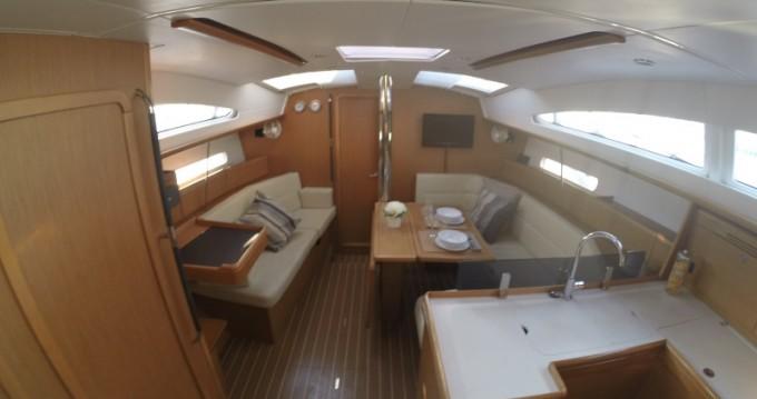 Rental yacht Lefkada (Island) - Jeanneau Sun Odyssey 42DS on SamBoat
