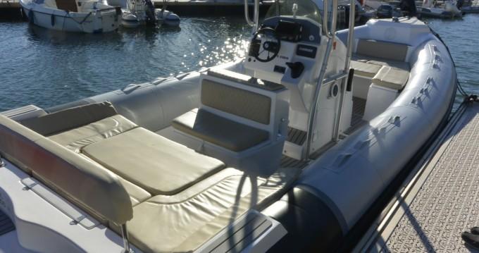 Rental yacht Bormes-les-Mimosas - Tiger 850 Open on SamBoat