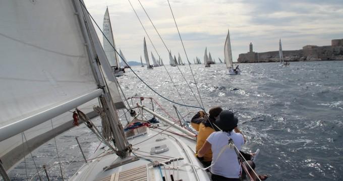 Boat rental CNS0 Karate Sport in Marseille on Samboat