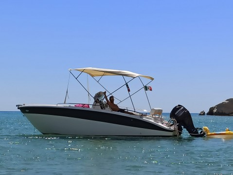 Hire Motorboat with or without skipper Salmeri San Leone Mosè