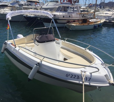 Motorboat for rent Altea at the best price