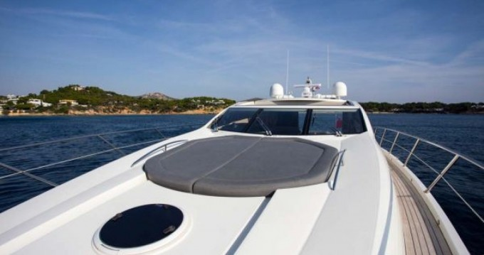 Hire Yacht with or without skipper Sunseeker Porto-Vecchio
