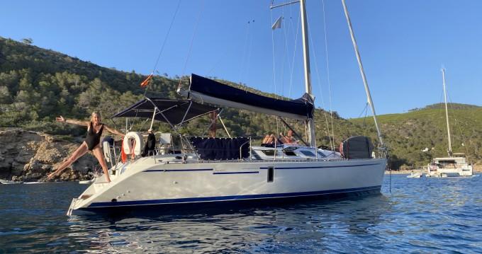 Boat rental Mahón cheap First 41 S5