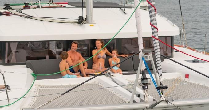 Rental Catamaran in Rogoznica - Lagoon Lagoon 450 Sport Top