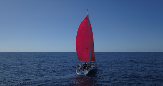 Hire Sailboat with or without skipper Bénéteau Tropea