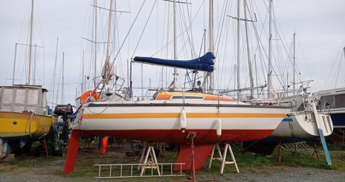 Rental Sailboat in Pornic - Bénéteau First 22