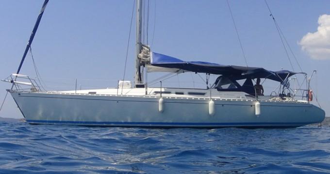Boat rental Atlantic Atlantic 49 in Alimos on Samboat