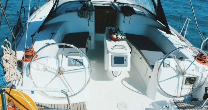 Sailboat for rent Kallithea at the best price