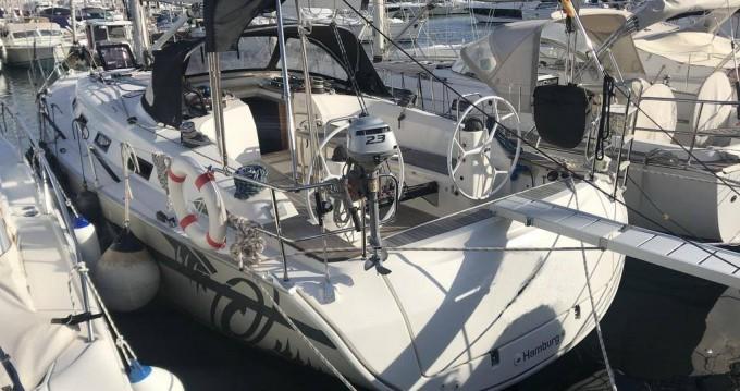 Rental Sailboat in Palma de Mallorca -  Bavaria 40 Sport
