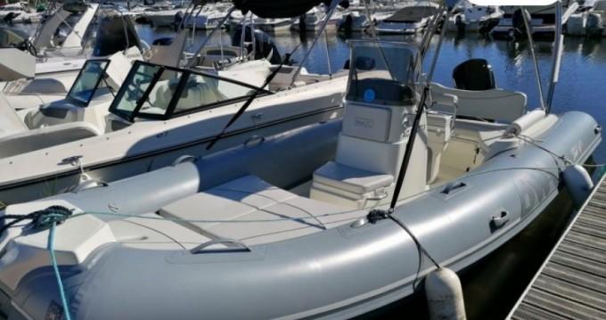 Boat rental Bwa Sport 19 GT in Arcachon on Samboat