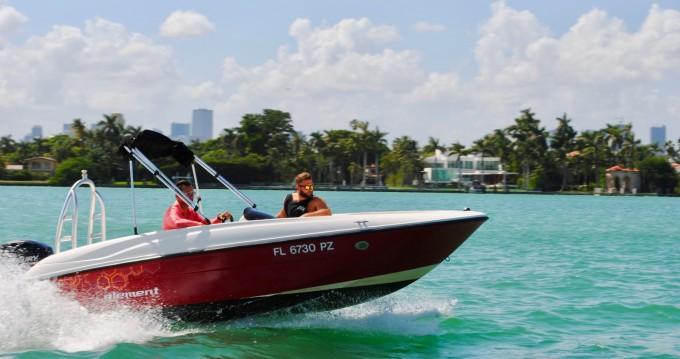 Rent a Bayliner Element 160 Miami