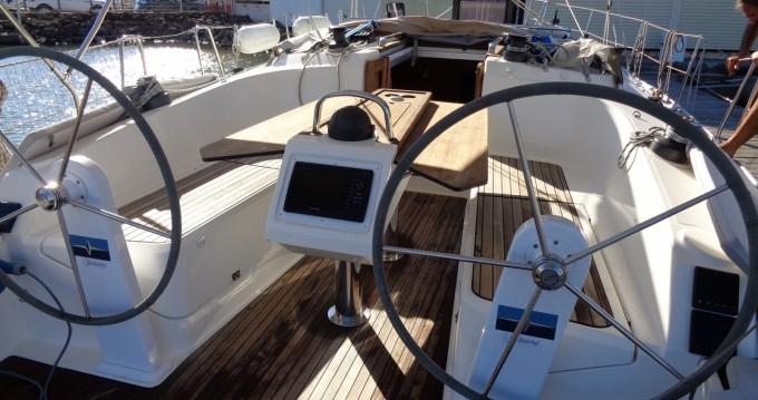 Boat rental Bavaria Cruiser 37 in Agde on Samboat