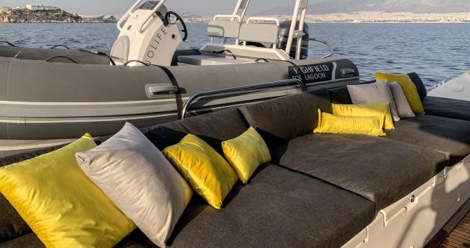 Rental yacht Kaštel Gomilica - Lagoon Lagoon 620 on SamBoat
