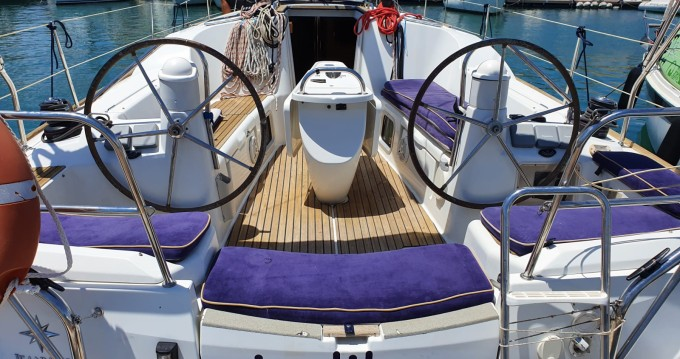 Boat rental Jeanneau Sun Odyssey 39i in Ibiza Town on Samboat