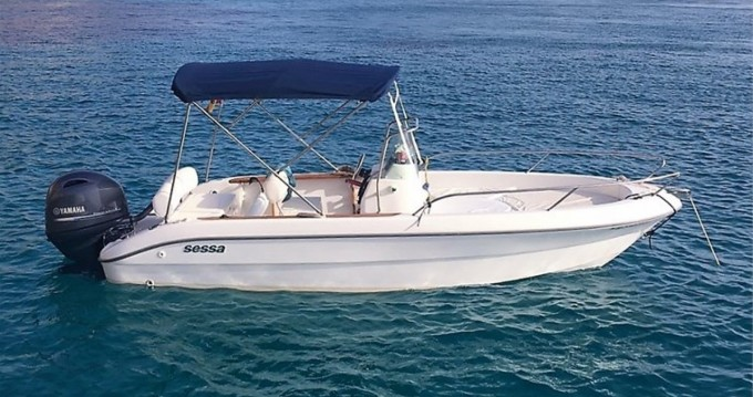 Hire Motorboat with or without skipper Sessa Marine Naples