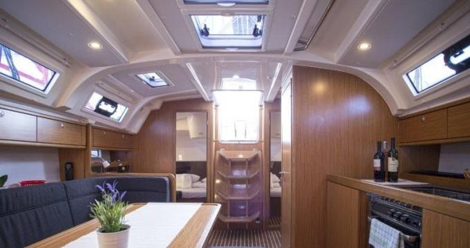 Rental yacht Trogir - Bavaria Bavaria 41 Cruiser on SamBoat